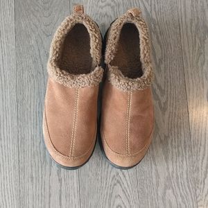 Seude leather shoes by Land's end 🌸🍀